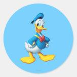 Actitud 4 del pato Donald Etiquetas Redondas