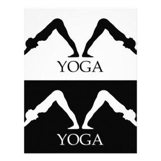 actitud boca abajo de la yoga del perro membrete a diseño