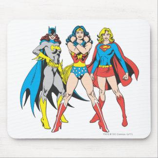Actitud de los Superheroines Alfombrilla De Ratón