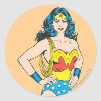 Actitud del vintage de la Mujer Maravilla el | con Pegatina Redonda