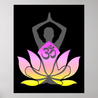 Actitud espiritual de la yoga de la flor de OM Poster