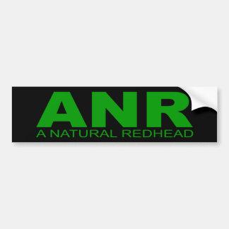 """Actitudes - """"un Redhead natural """" Etiqueta De Parachoque"""