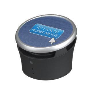 Activate hunk mode. bluetooth speaker