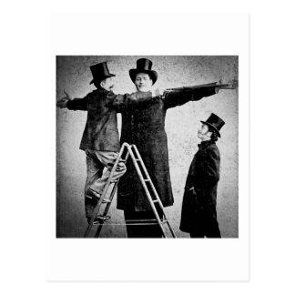Acto secundario gigante del monstruo del circo de tarjetas postales