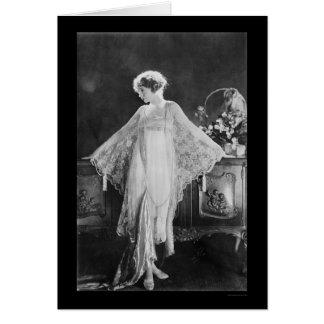 Actress Lillian Gish 1922 Greeting Cards