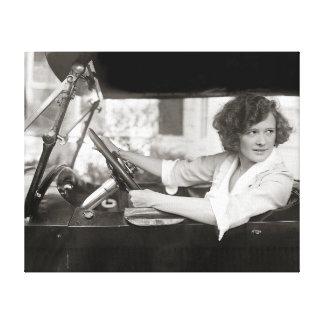 Actriz detrás de la rueda, 1921 impresión en lienzo