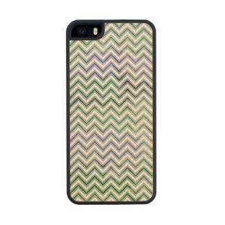 Acuarela azulverde Chevron Funda De Arce Carved® Para iPhone 5