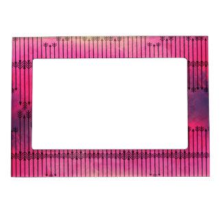 Acuarela colorida de la flecha floral brillante marcos magneticos para fotos