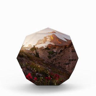 Acuarela de la puesta del sol del valle de la mont