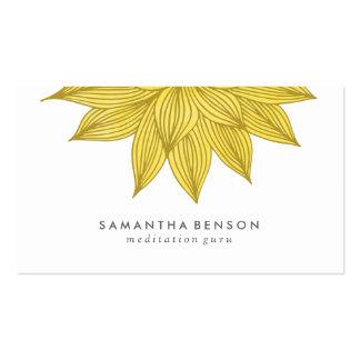 Acuarela floral amarilla de la flor de Lotus el   Tarjetas De Visita