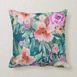 Acuarela floral tropical colorida de WOOT Cojín Decorativo