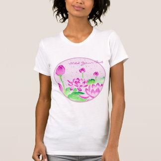 Acuarela rosada brillante de Lotus que pinta el T Shirt