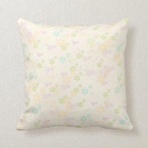 Acuarelas coloridas femeninas elegantes florales almohada