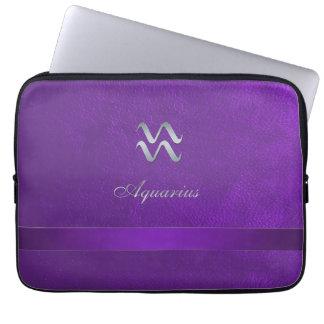 Acuario púrpura de la muestra del zodiaco fundas ordendadores
