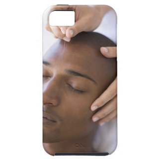 Acupuncture. Acupuncturist inserting a needle iPhone SE/5/5s Case
