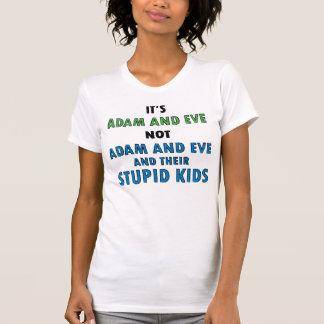 Adán y Eva y niños la luz de las mujeres Camisetas