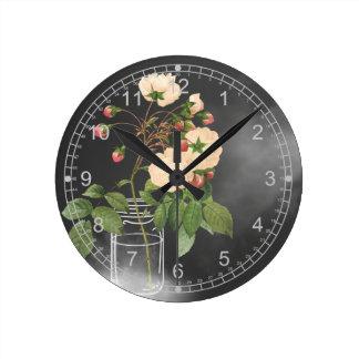 Adelaide subió en negro reloj redondo mediano
