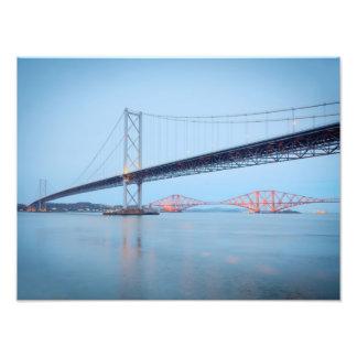 Adelante puente del camino y del carril fotografía