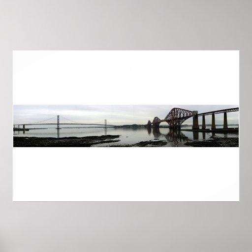 Adelante tiende un puente sobre panorámico impresiones