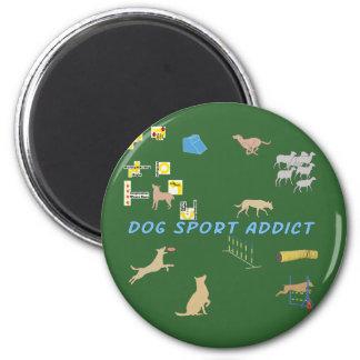 Adicto al deporte del perro imán redondo 5 cm