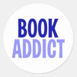 Adicto al libro etiquetas redondas