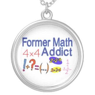 Adicto anterior a la matemáticas colgante redondo