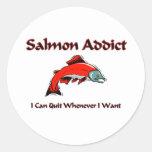 Adicto de color salmón pegatina redonda