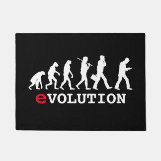 Adicto divertido a Smartphone de la evolución Felpudo