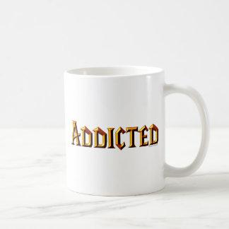 Adicto (fuente del wow) taza básica blanca