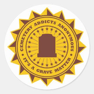 Adictos al cementerio anónimos pegatina redonda
