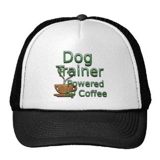 Adiestrador de perros accionado por el café gorros