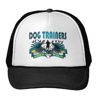Adiestradores de perros idos salvajes gorros