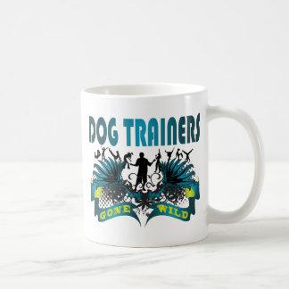 Adiestradores de perros idos salvajes tazas de café