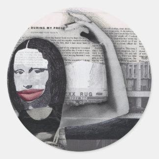 Adieté durante mi collage de Mona Lisa del Pegatina Redonda