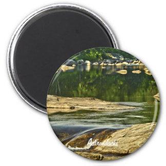 Adirondacks, corriente de la montaña de la N.Y. Imán Redondo 5 Cm