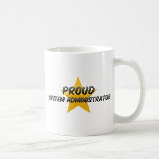 Administrador de sistema orgulloso taza de café