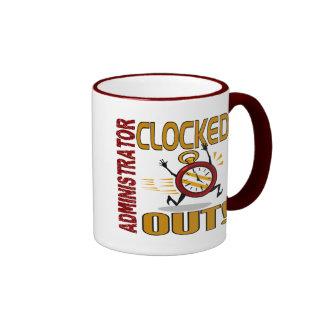 Administrador registrado hacia fuera tazas de café