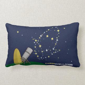 Admire el maíz endeble lindo de la constelación de cojín lumbar