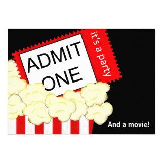 Admita una invitación de la película y de la fiest