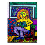 Adolescente en el sofá por Piliero Postales