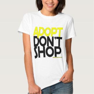 ¡Adopt no hace compras! ¡Esfuerzos de rescates de Remeras