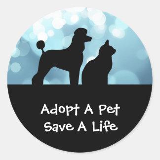 Adopte a los pegatinas de un mascota pegatina redonda