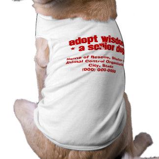 Adopte el perro viejo elegante playera sin mangas para perro