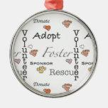 Adopte, rescate, y fomente el ornamento adorno navideño redondo de metal