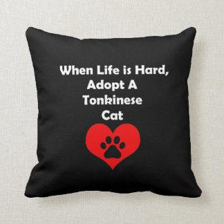 Adopte un gato de Tonkinese Cojín Decorativo
