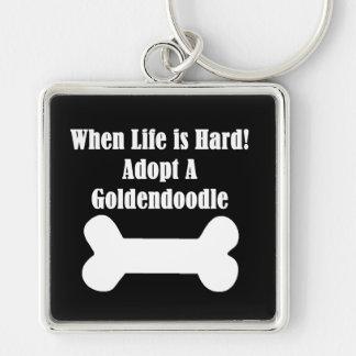 Adopte un Goldendoodle Llavero Cuadrado Plateado