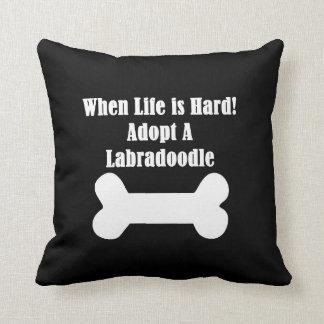 Adopte un Labradoodle Cojín Decorativo
