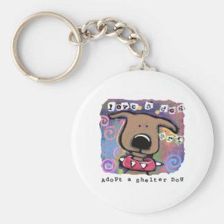 Adopte un perro del refugio, ame un perro llavero redondo tipo pin