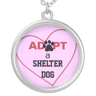 Adopte un perro del refugio joyeria