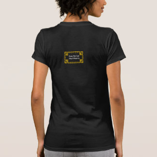 Adopte una camiseta del gato negro
